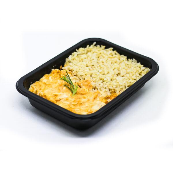 Estrogonofe de frango com arroz 7 grãos